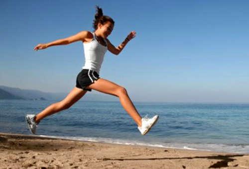 Спорт на пляже помогает бороться с целлюлитом