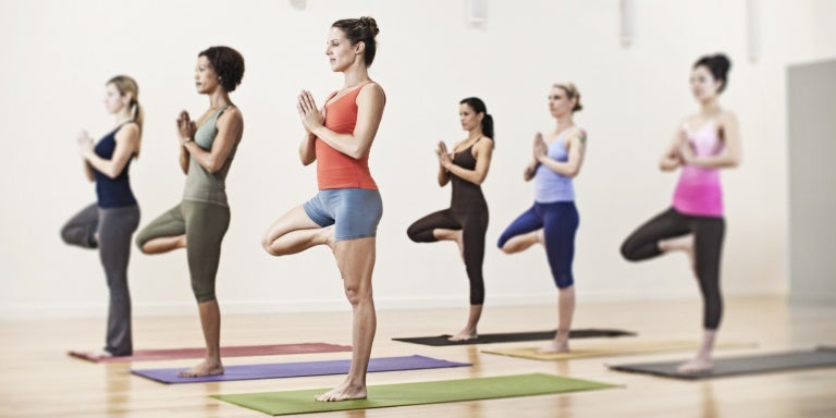 Йога укрепит живот