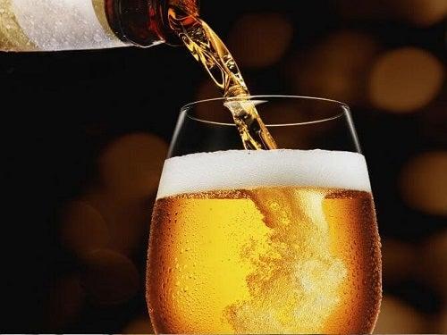 Пиво в умеренных количествах полезно
