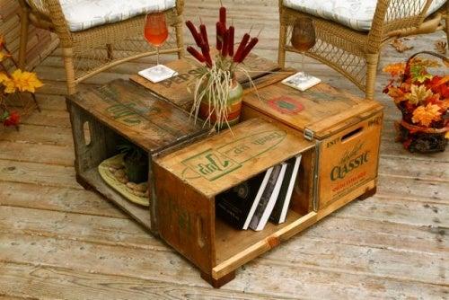 Ящики и стол