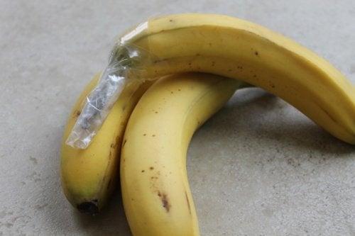 Бананы и продукты