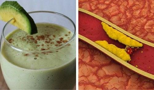3 смузи из авокадо, которые помогут снизить уровень холестерина