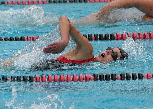 Плавание - хорошая тренировка для мозга