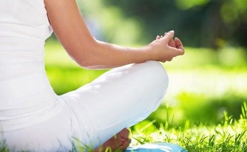 Постарайся вести более спокойную жизнь чтобы преодолеть синдром тревожности