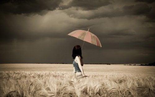 Отношения и цветные зонты