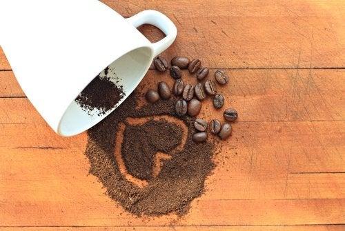 Черный кофе и плоский живот