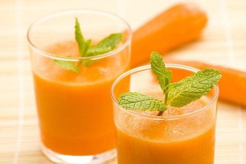 Чем полезен морковный сок? 8 качеств, о которых вы не знали!