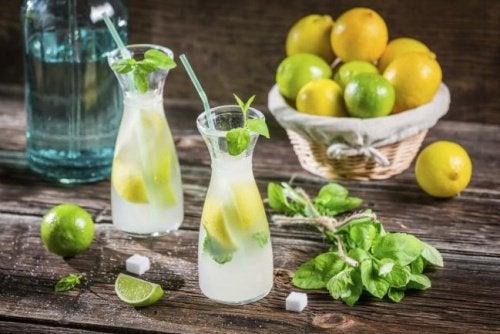 Напитки и плоский живот