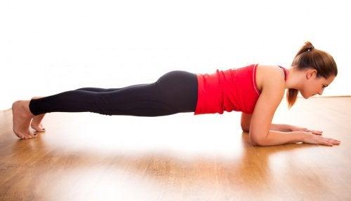 Планка — упражнение на каждый день: 5 доводов в его пользу