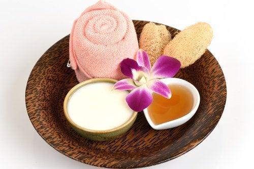 Приготовить крем и осветление кожи