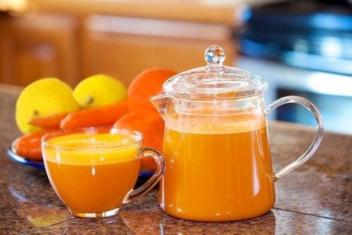 Цитрусовые и сок