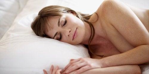 Сон обнаженной