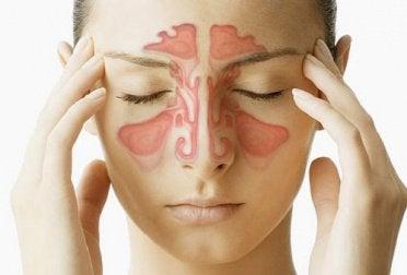 Точечный массаж помогает избавиться от насморка