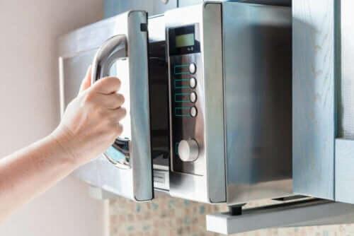 8 интересных способов использовать микроволновую печь