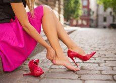 Обувь можно растянуть с помощью домашних средств