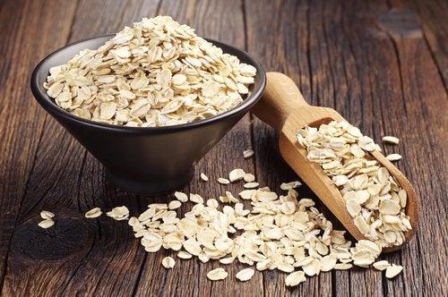 Овсянка и семена чиа на завтрак
