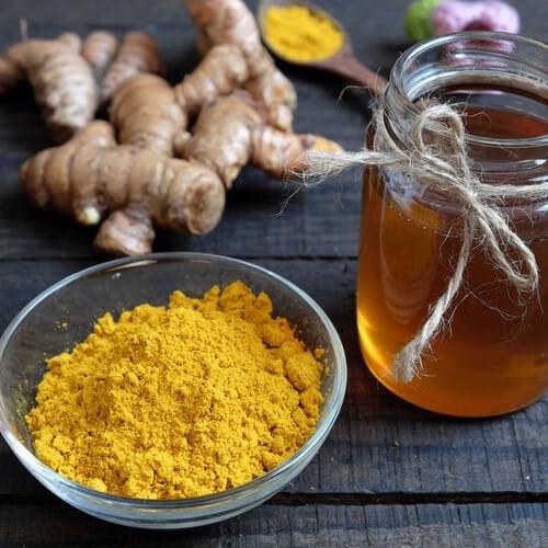 Целебное сочетание куркума и мед