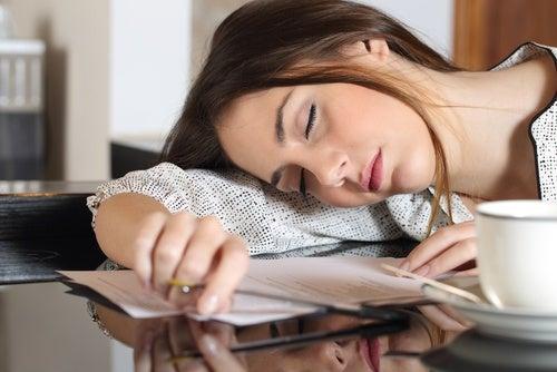 Хроническая усталость следствие недостатка воды в организме