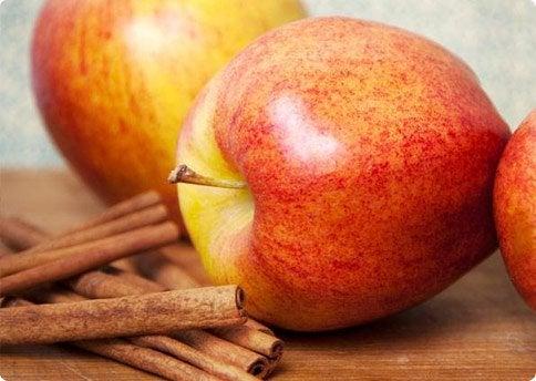 Яблоко и напиток для снижения веса