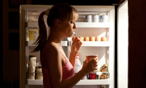 Гормональный дисбаланс и постоянное чувство голода