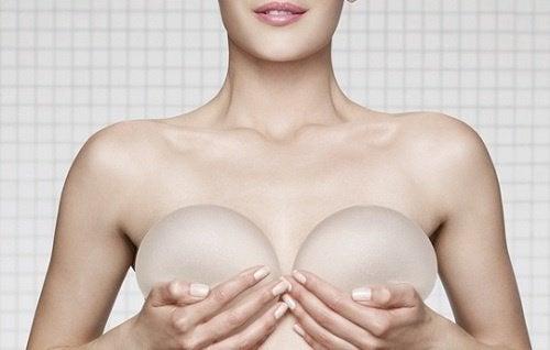 Импланты и маммография