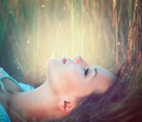 7 признаков того, что вам нужно любить себя больше