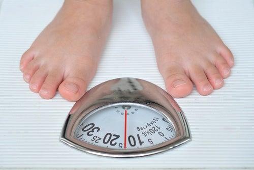 Гормональный дисбаланс может привести к резкому набору веса