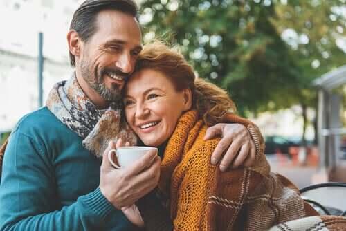Любовь в зрелом возрасте: две души, одна мудрость...