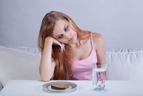 Грусть влияет на аппетит