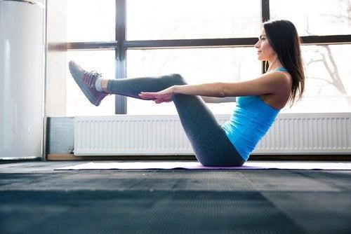Упражнения и жир в области живота