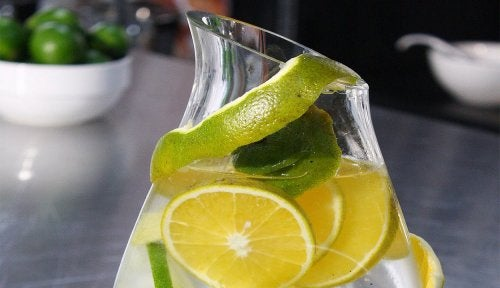Мочекаменная болезнь и натуральный напиток для очищения почек