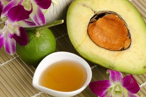 Авокадо поможет защитить кожу