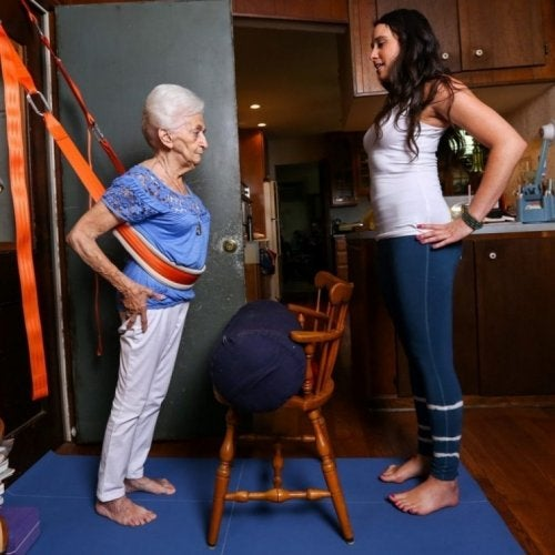 Польза йоги для пожилых