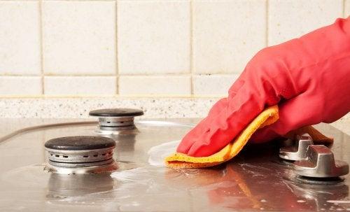Быстрая уборка кухни: 6 секретов