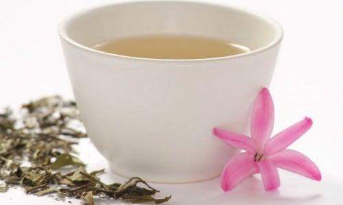Белый чай поможет укрепить мышцы