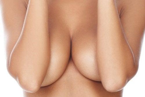 Боль в груди и бюстгалтер