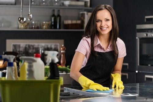 Быстрая уборка и кухня