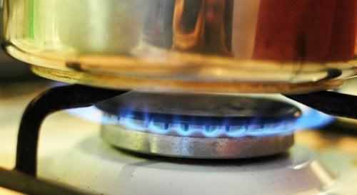 Кухня и газовые горелки