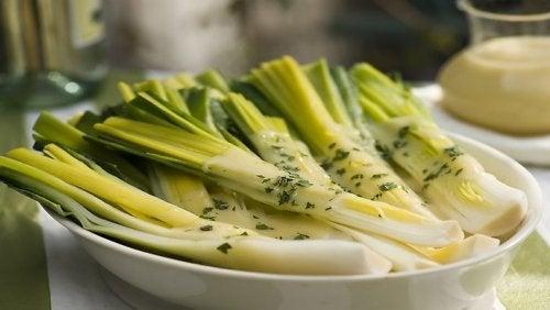 Лук-порей: 5 причин приготовить его на ужин