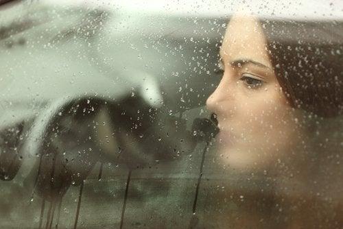 8 способов победить печаль и уныние естественным образом