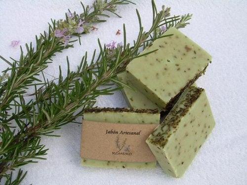 Как приготовить розмариновое мыло для ухода за жирной кожей