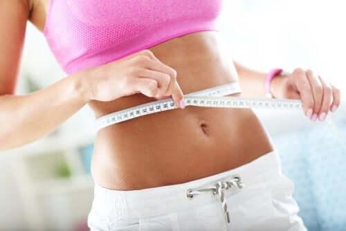 Как похудеть на 2 размера в талии, изменив свои привычки в еде?