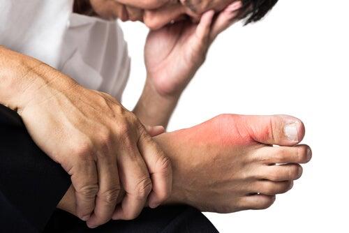 Натуральные средства от подагры и боль в суставах