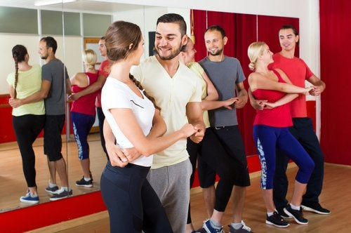 Сальса и танцы