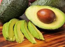 Скраб из косточки авокадо