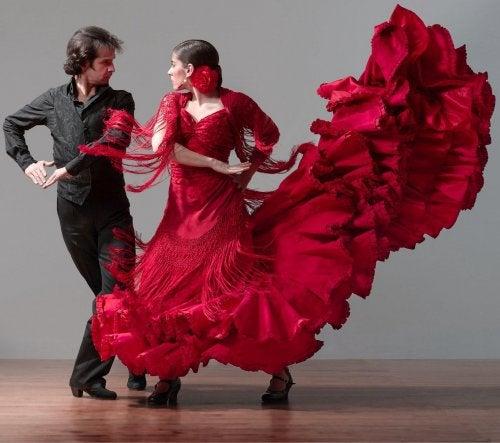 Фламенко и танцы