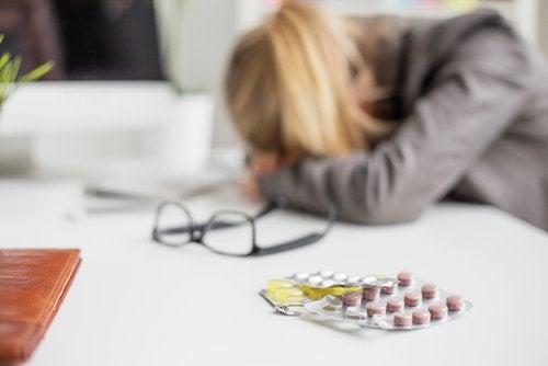 Мигрень и таблетки