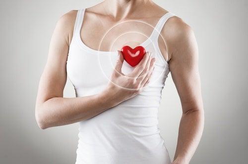 Сердце и лавровый лист