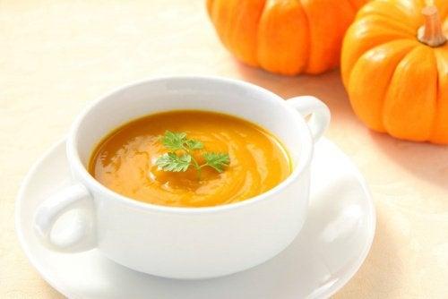 Тыквенный суп поможет бросить курить и справиться с синдромом отмены