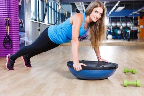 Силовые упражнения и мышцы рук